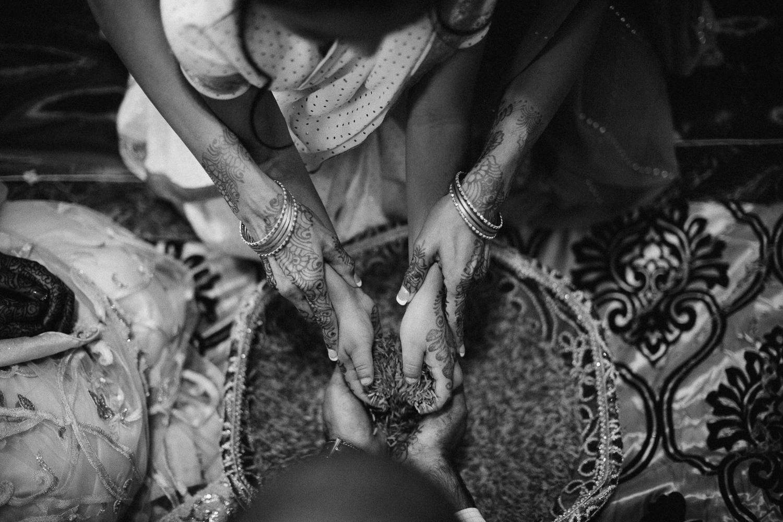 lovestoriesbyhalieandalec-indian-wedding-52.jpg