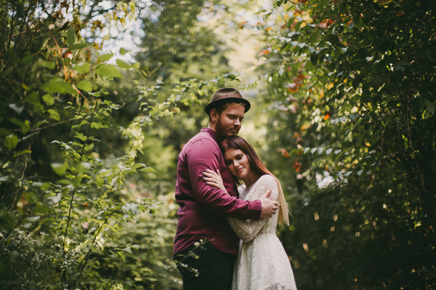 lovestoriesbyhalieandalec-mountain-engagement-2.jpg