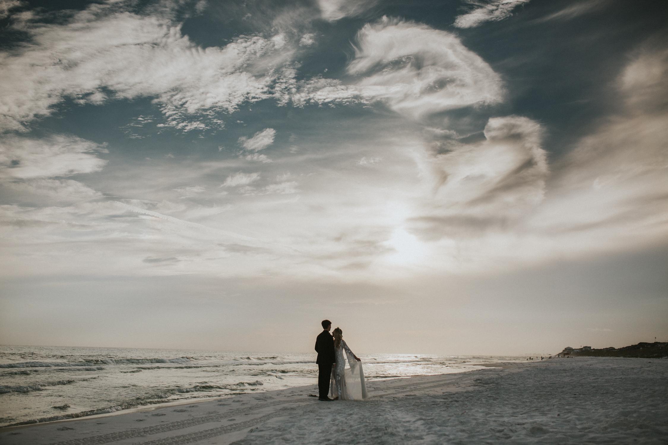 lovestoriesbyhalieandalec-morgan-and-cody-married-41.jpg