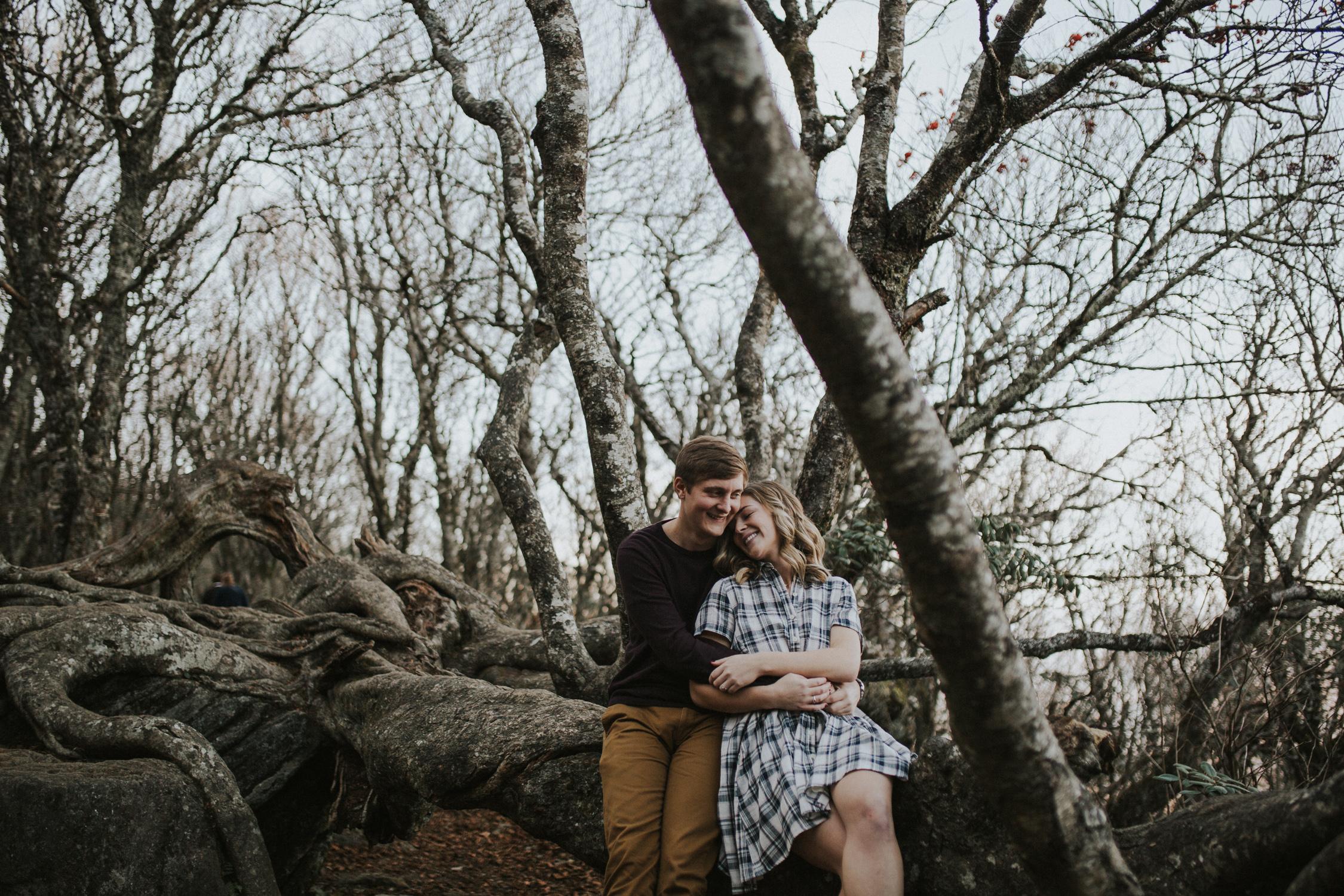 lovestoriesbyhalieandalec-asheville-wedding-photographers-8.jpg