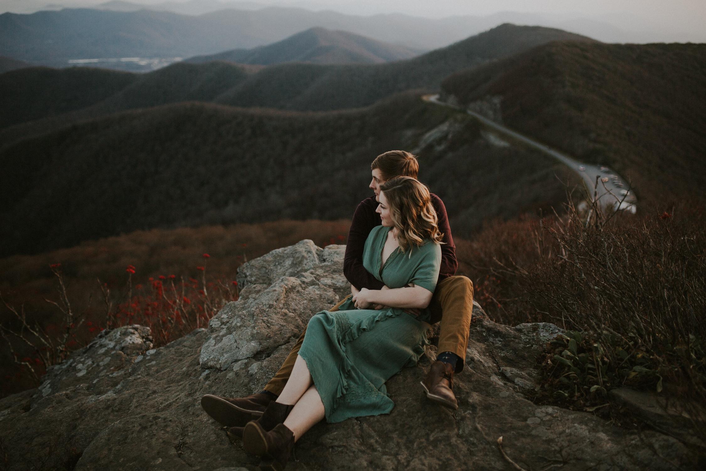 lovestoriesbyhalieandalec-asheville-wedding-photographers-36.jpg