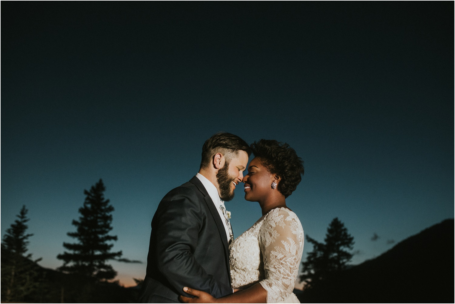 lovestoriesco-amber-phinisee-seattle-mount-rainier-elopement_0098.jpg
