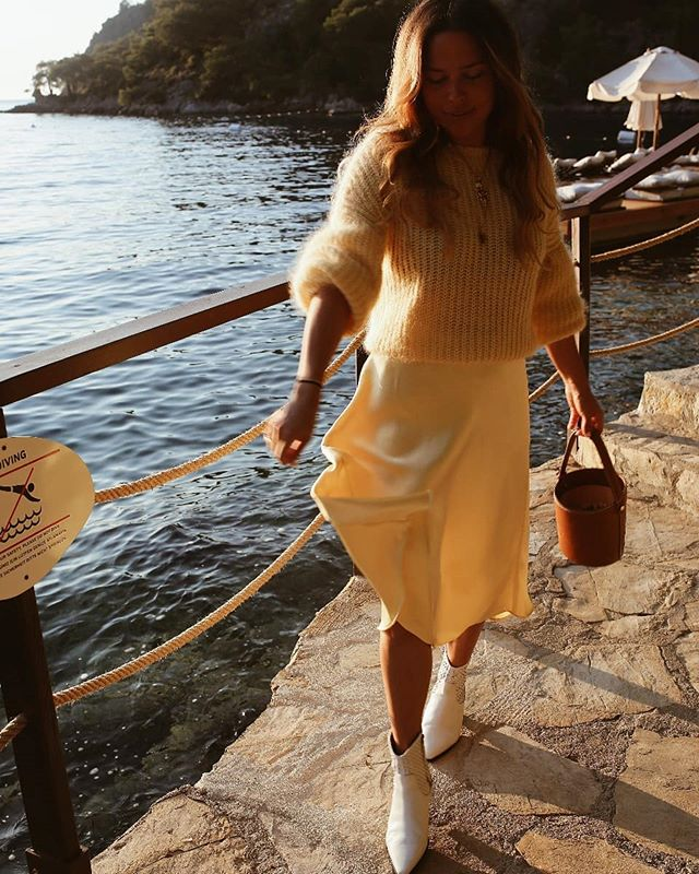 One of my favourite places I went this year without a doubt @hillsidebeachclub @anthony_jpowell #summerdays #ootd