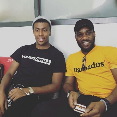 Alex Iwobi sitting next to his Uncle, Nigeria football legend Jay-Jay Okocha – so good they named him twice! (credit: The Sport Review)