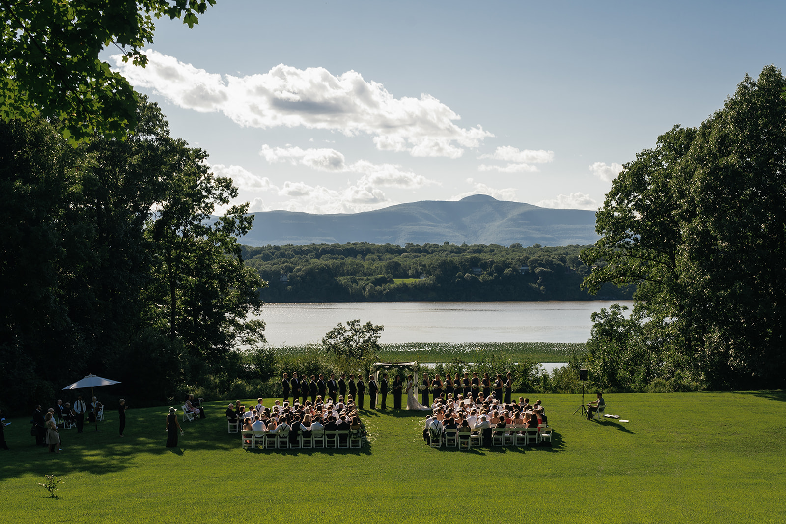 a private estate wedding 0068.jpg