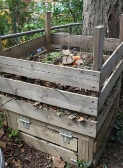 Composting.    Baying hound/Flickr