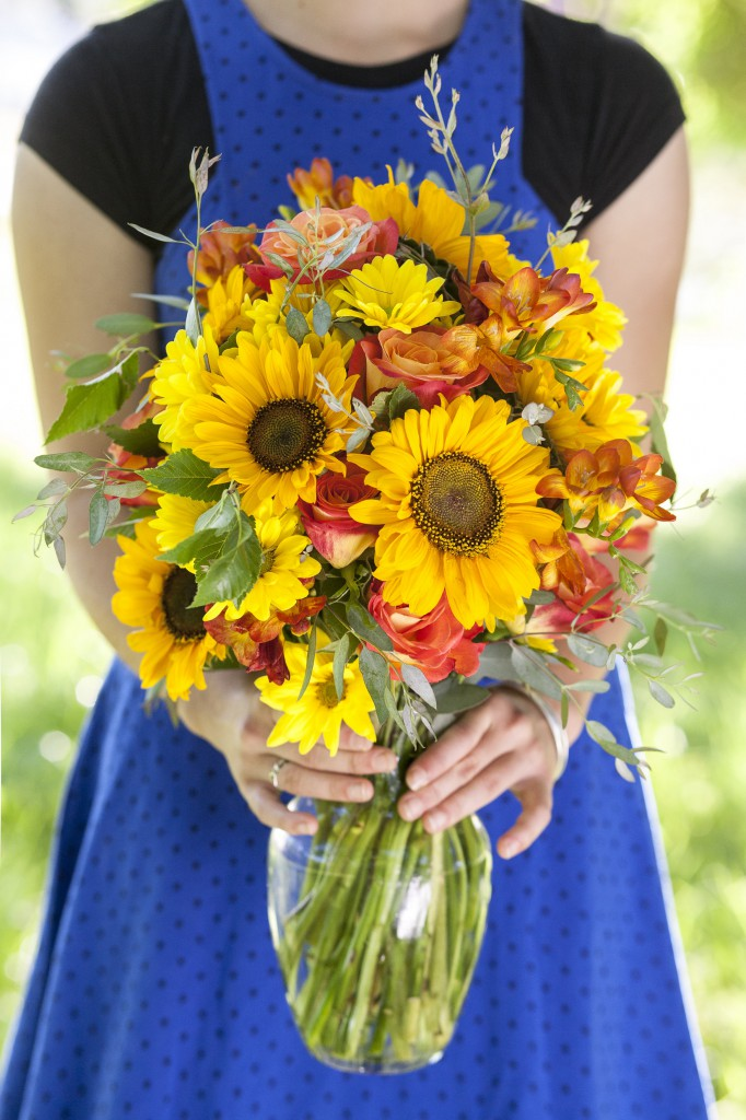 the-barefoot-florist-9-ALL-COLOR-DISK-0026-682x1024.jpg