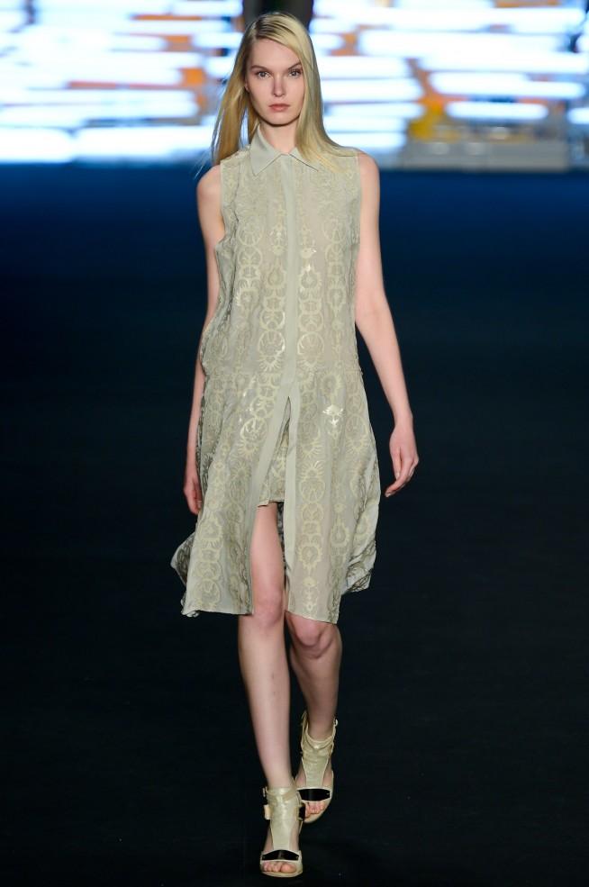 desfile-espaco-fashion-fashionrio-verao2013-1151-654x985.jpg