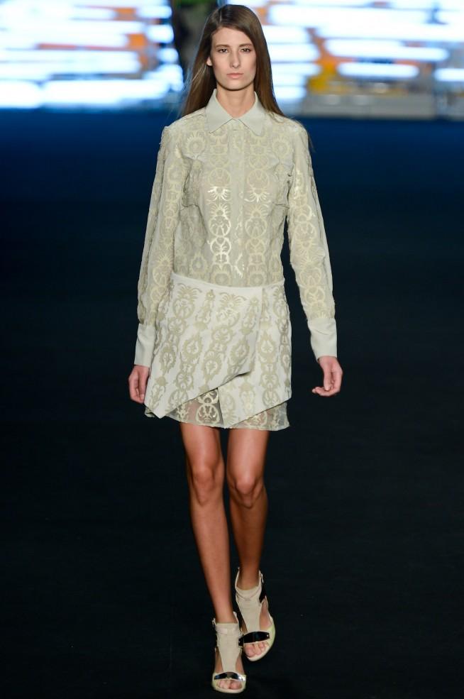 desfile-espaco-fashion-fashionrio-verao2013-1171-654x985.jpg