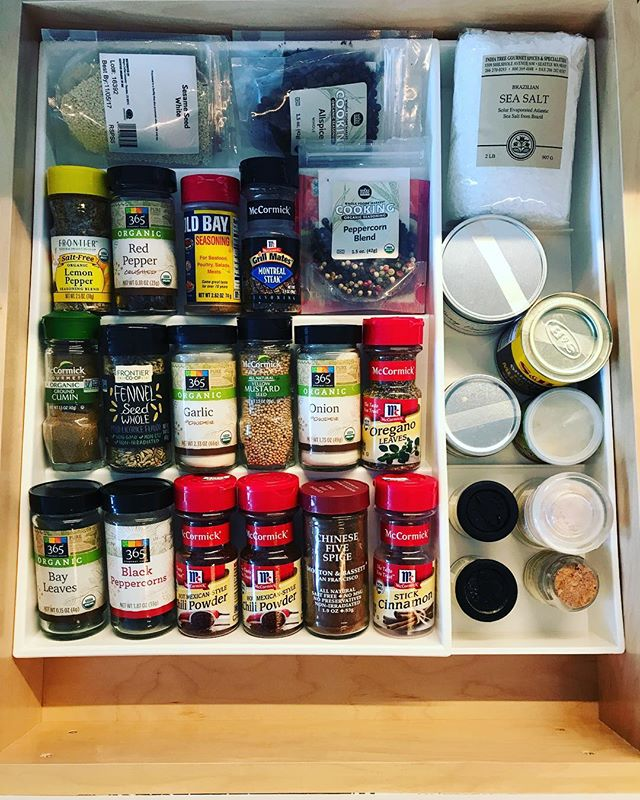 Spice galore! Make life easier and use a drawer organizer to lay out all of your spices. #nyc #nychousecleaning #homeorganizing #alphabetical #spices