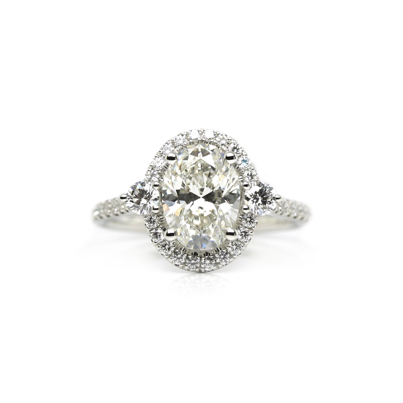 jewelry_exchange_co_sf_engagement_ring_oval_halo.jpg