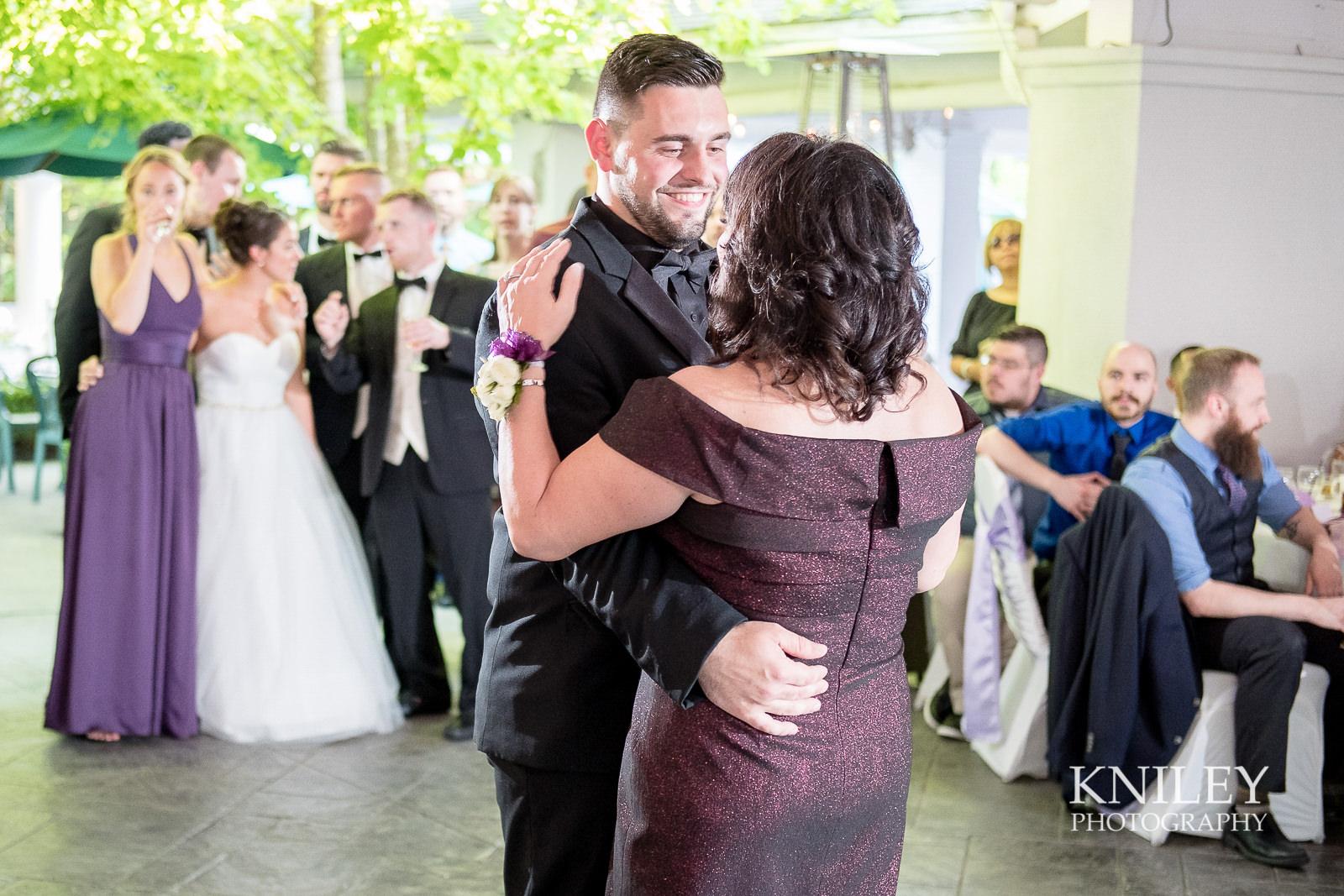 118 - Klocs Grove Buffalo NY Wedding Pictures -XT2B9687.jpg