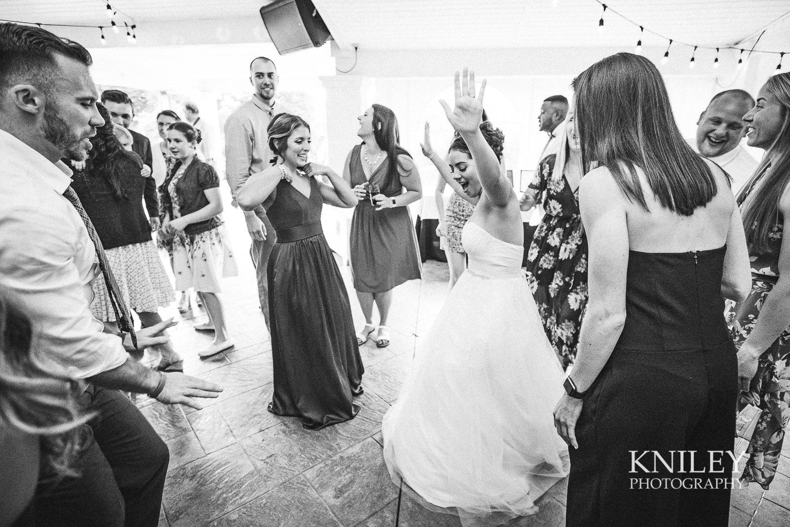 125 - Klocs Grove Buffalo NY Wedding Pictures -XT2B9819.jpg