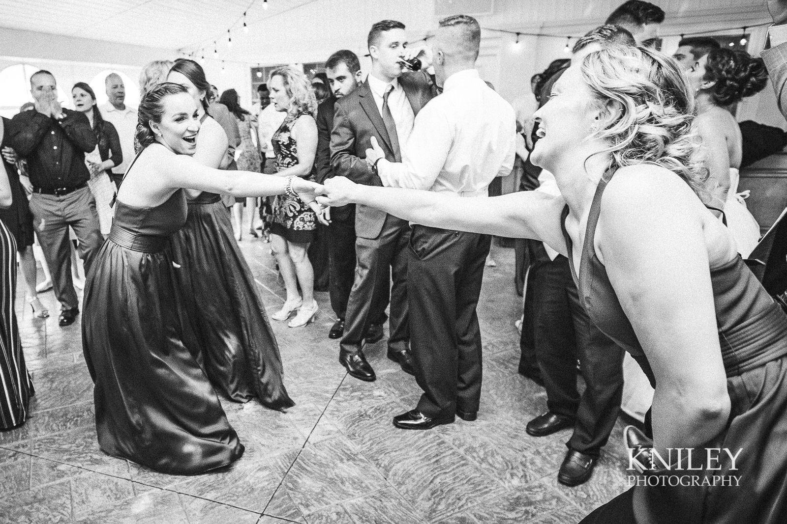 126 - Klocs Grove Buffalo NY Wedding Pictures -XT2B9892.jpg