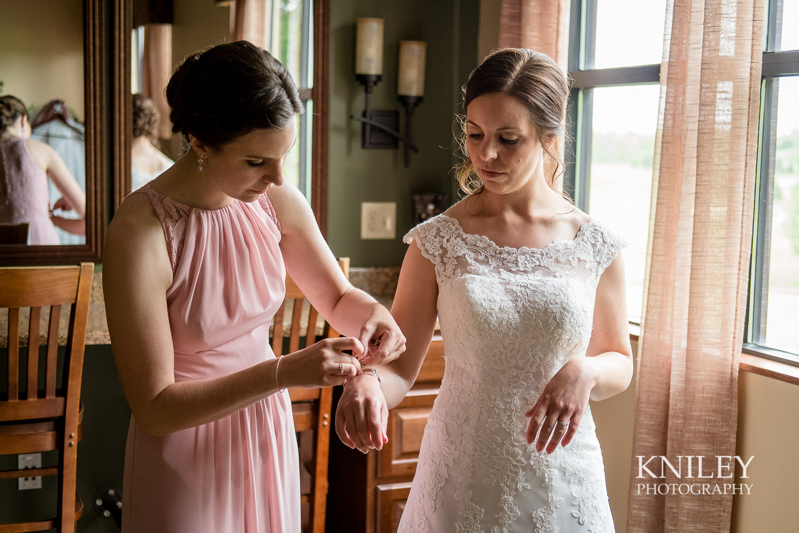 020 - Ravenwood Golf Club wedding pictures - Rochester NY - Kniley Photography - XT2B0572.jpg
