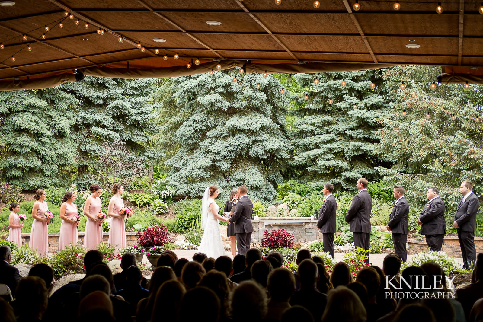 053 - Ravenwood Golf Club wedding pictures - Rochester NY - Kniley Photography - XT2B0910.jpg