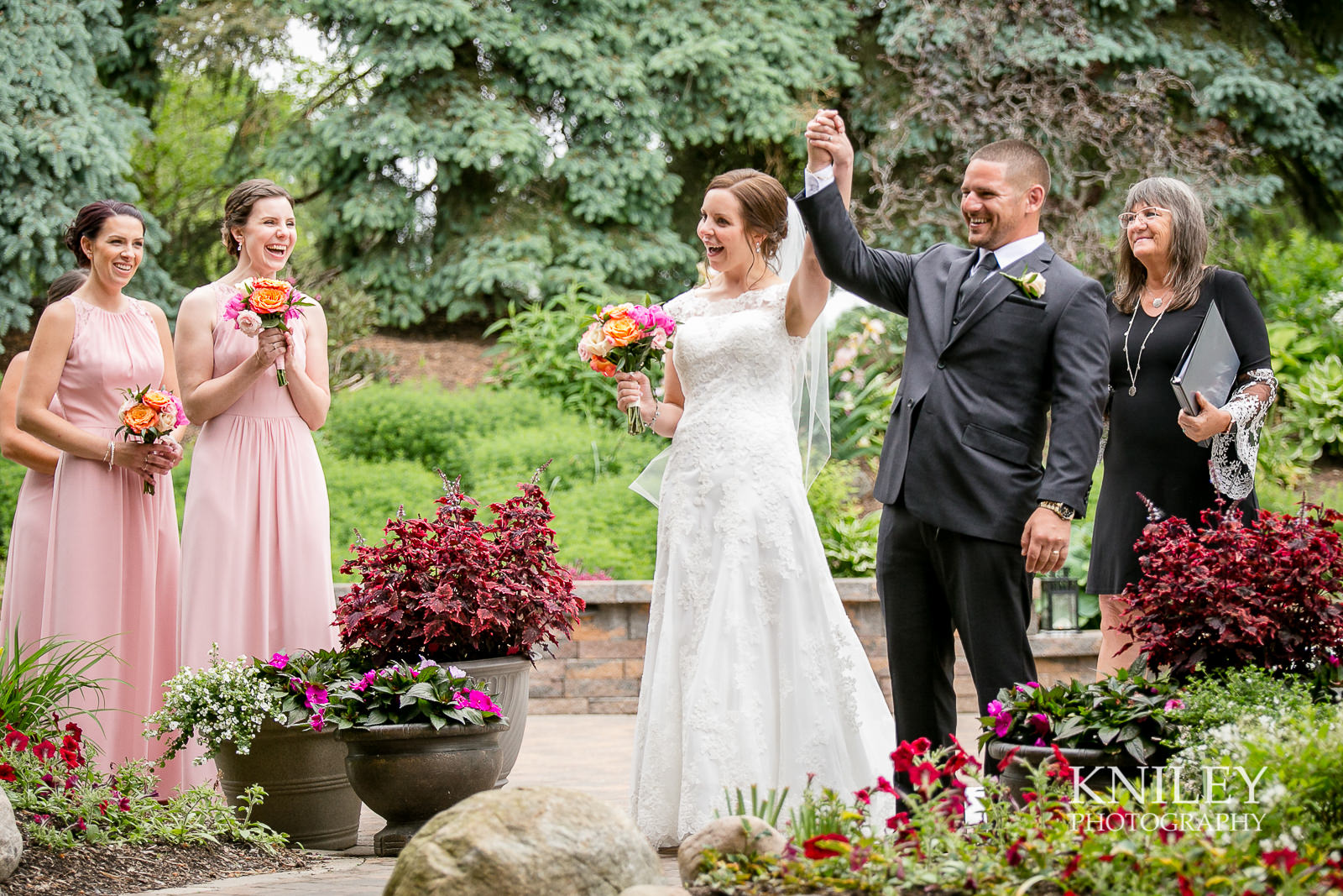 060 - Ravenwood Golf Club wedding pictures - Rochester NY - Kniley Photography - IMG_9130.jpg