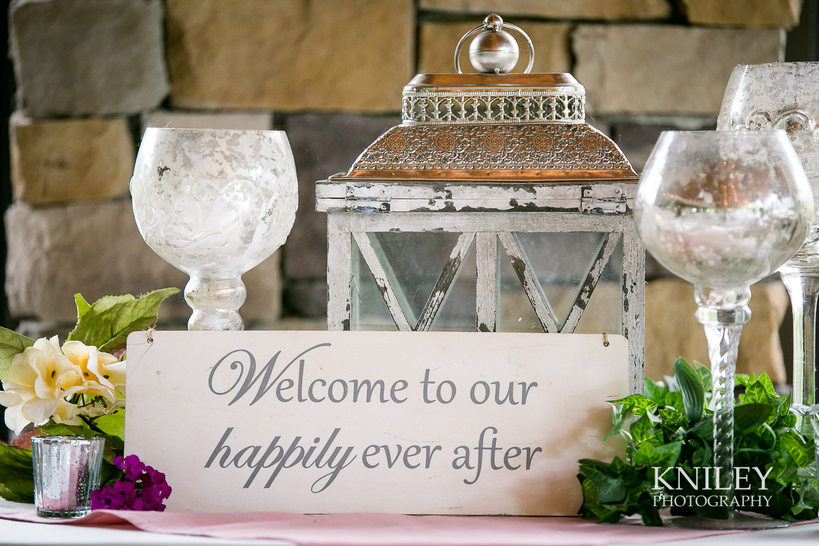 082 - Ravenwood Golf Club wedding pictures - Rochester NY - Kniley Photography - IMG_8471.jpg