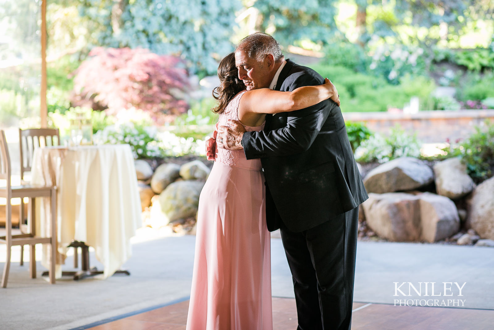 098 - Ravenwood Golf Club wedding pictures - Rochester NY - Kniley Photography - IMG_9628.jpg