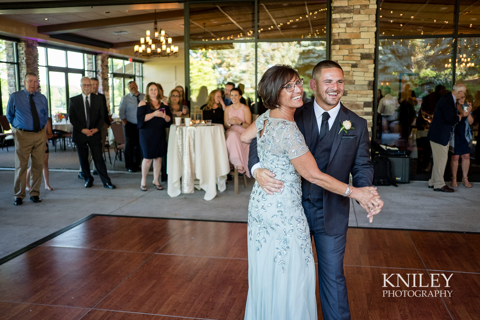 114 - Ravenwood Golf Club wedding pictures - Rochester NY - Kniley Photography - XT2A1454.jpg