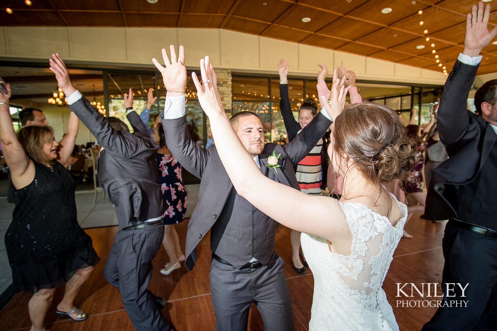 118 - Ravenwood Golf Club wedding pictures - Rochester NY - Kniley Photography - XT2B1731.jpg