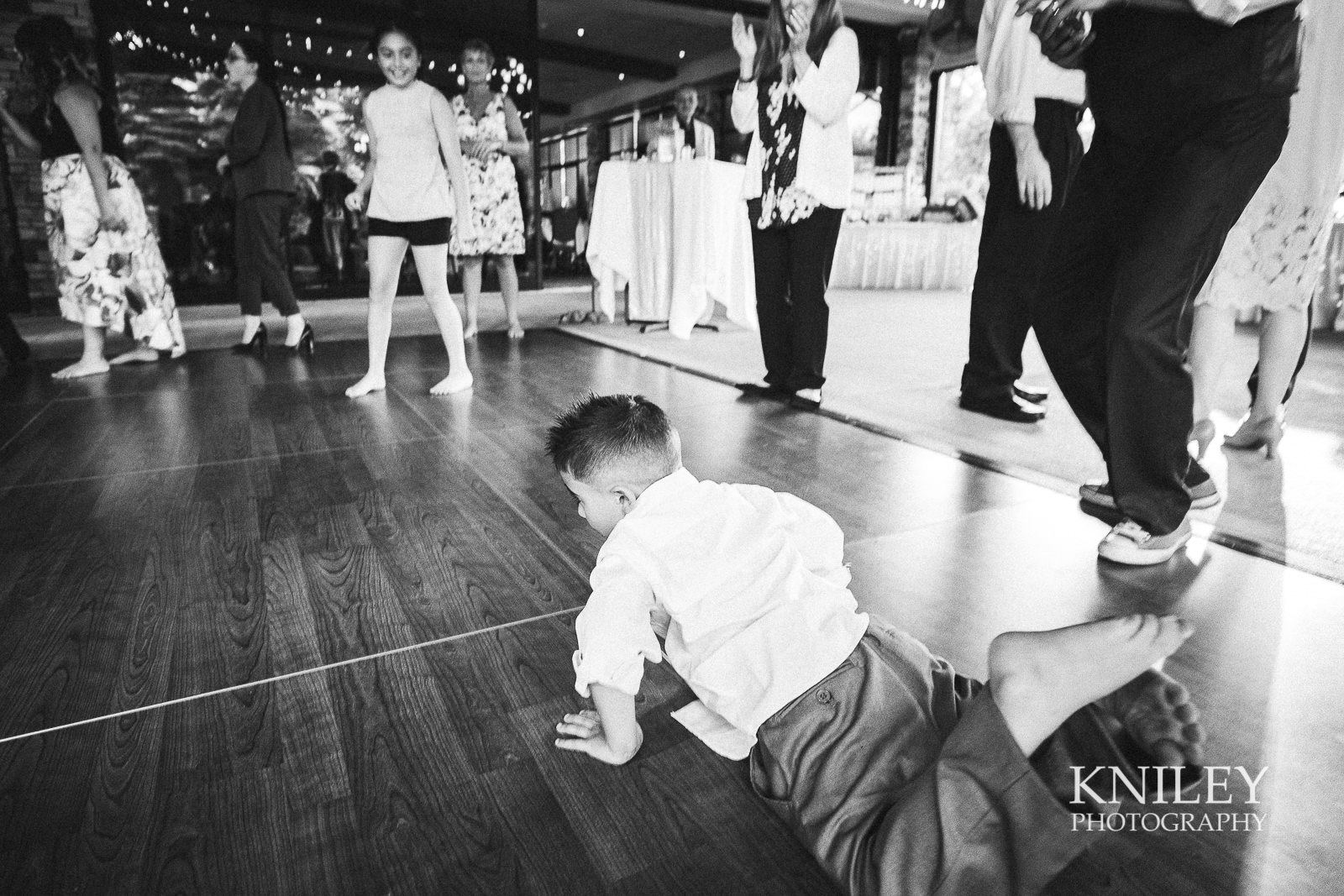 125 - Ravenwood Golf Club wedding pictures - Rochester NY - Kniley Photography - XT2B2025.jpg