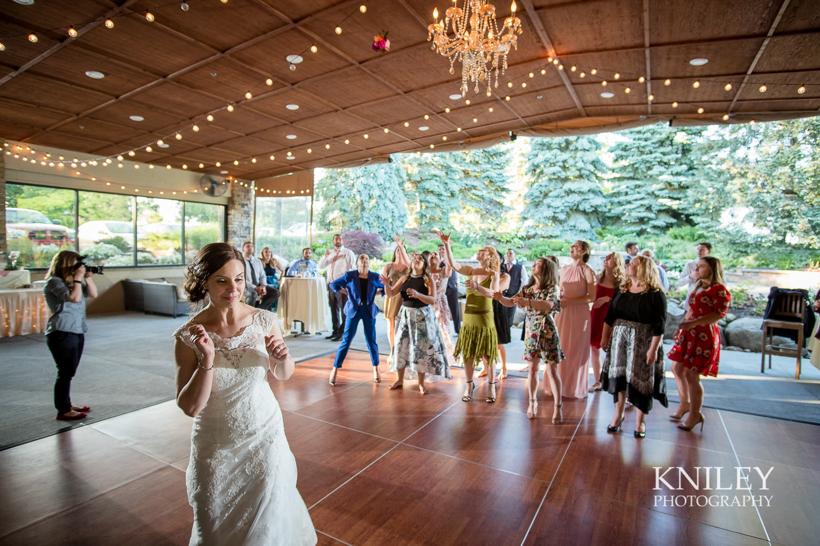 127 - Ravenwood Golf Club wedding pictures - Rochester NY - Kniley Photography - XT2B2057.jpg