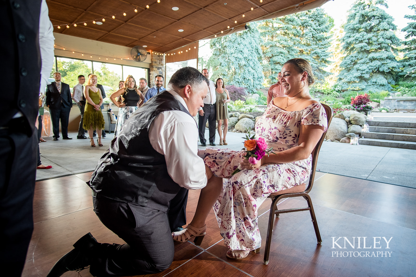 142 - Ravenwood Golf Club wedding pictures - Rochester NY - Kniley Photography - XT2B2176.jpg