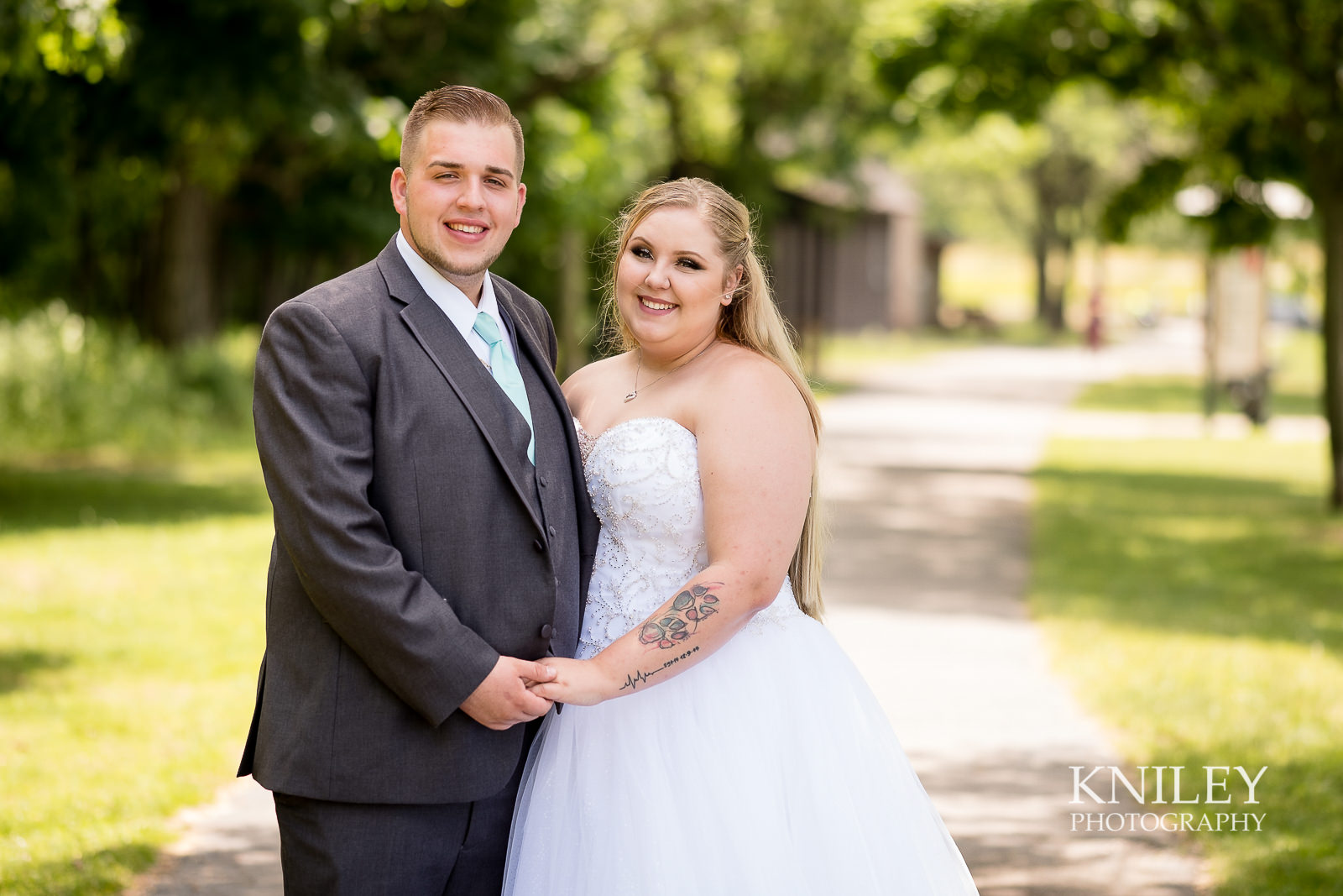 040 - North Ponds Park Wedding Picture - Webster NY - XT2A2815.jpg