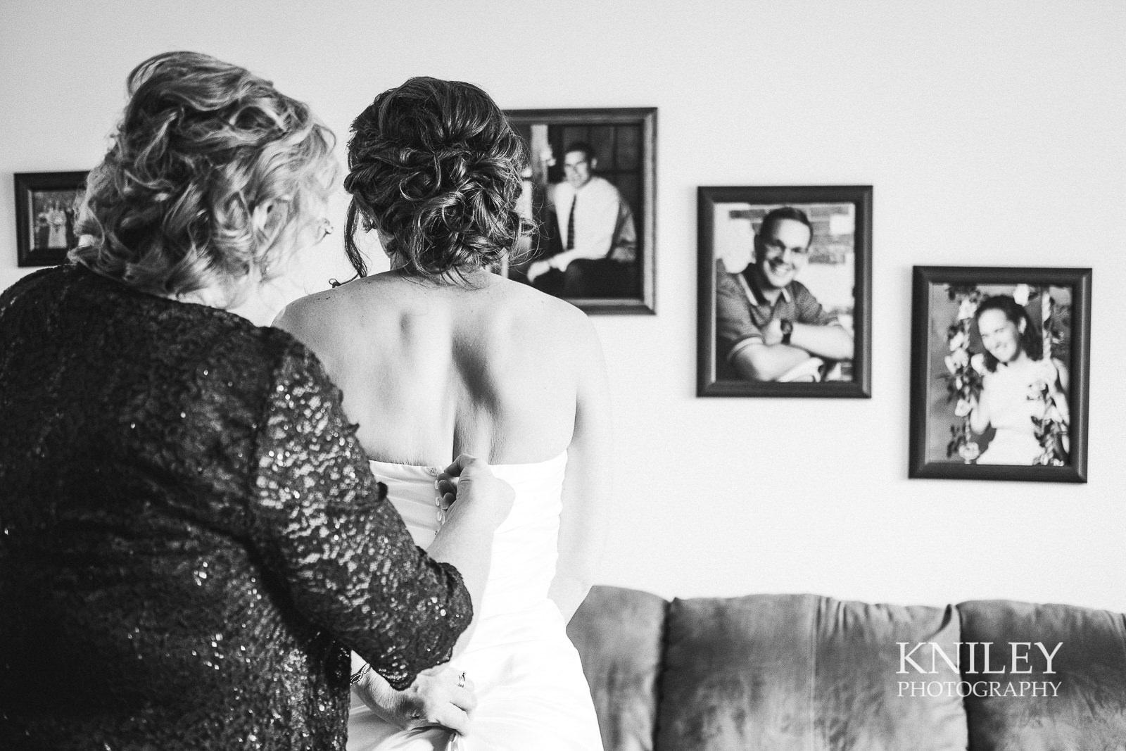 014 - St Josephs Park Wedding Picture - Rochester NY - XT2A9801.jpg