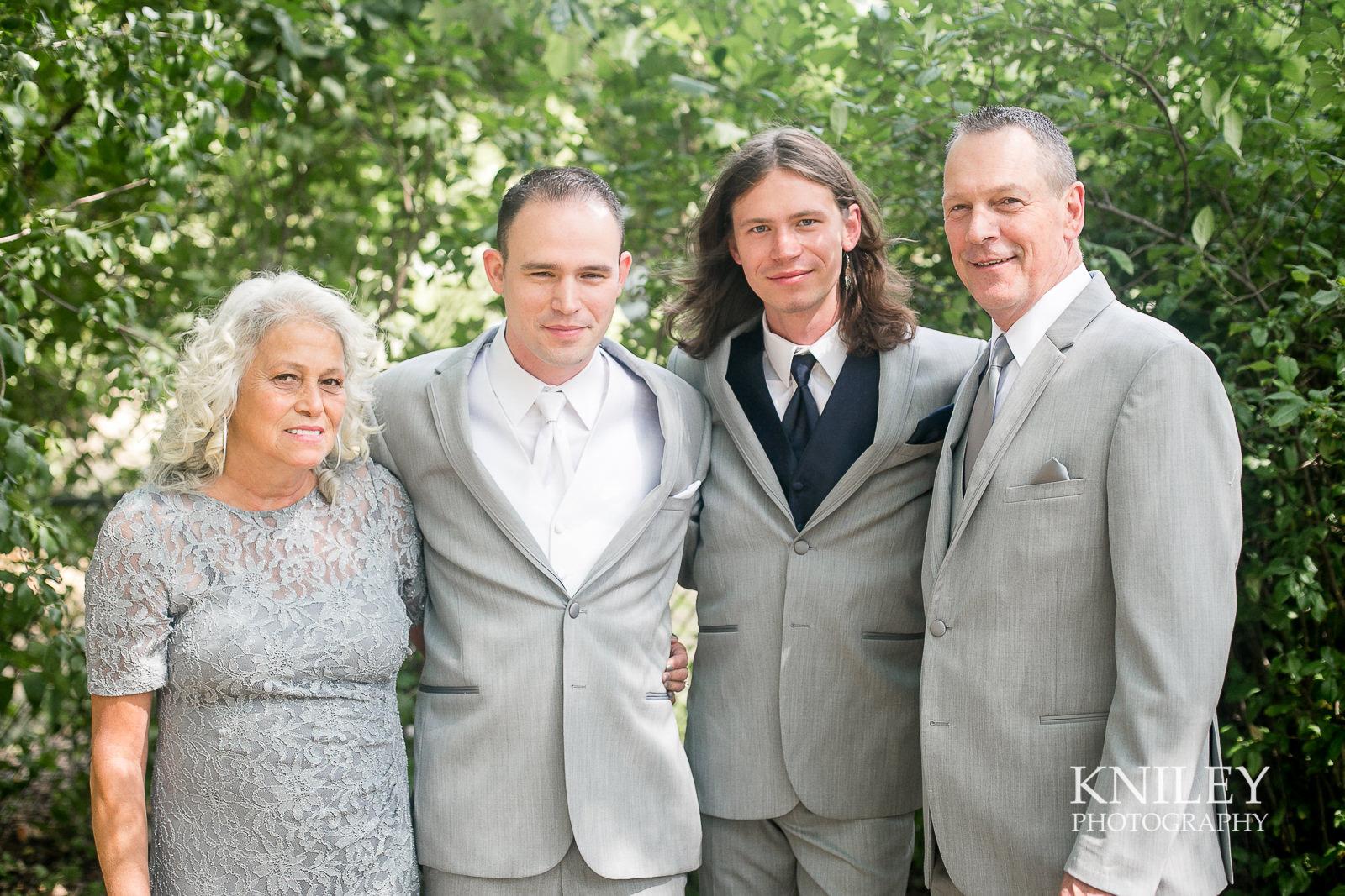 036 - St Josephs Park Wedding Picture - Rochester NY - IMG_2819.jpg