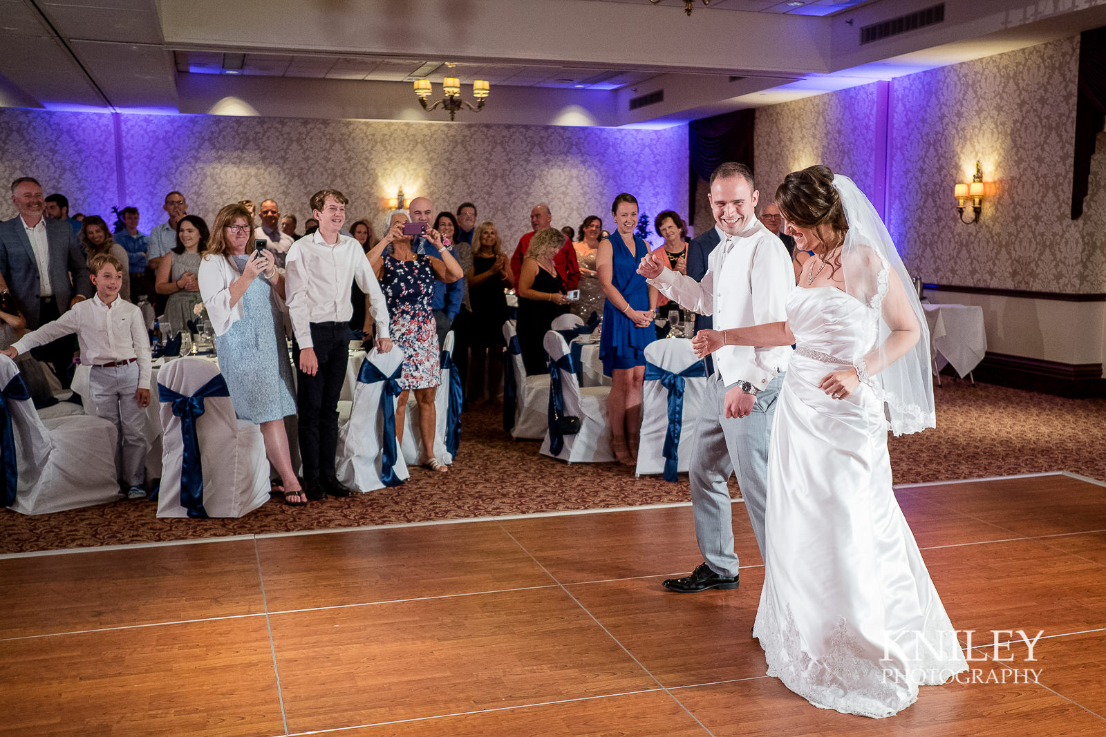 095 - Rochester Riverside Convention Center Wedding Photo - Rocheser NY - XT2A1002.jpg