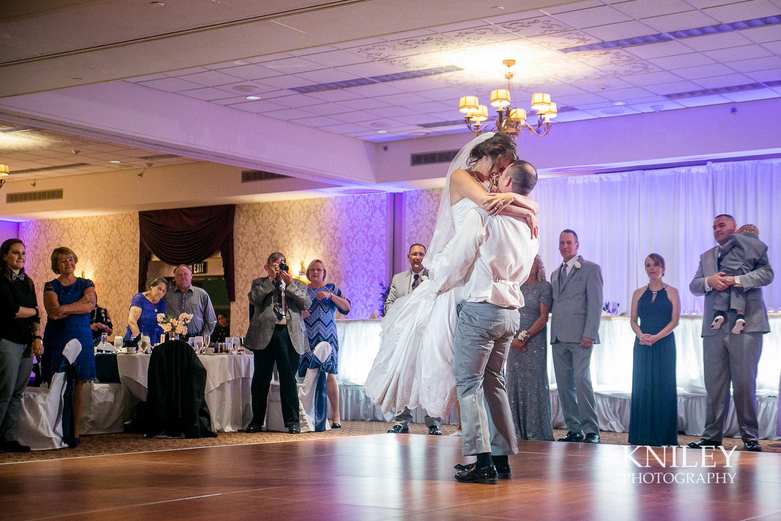100 - Rochester Riverside Convention Center Wedding Photo - Rocheser NY - IMG_3723.jpg