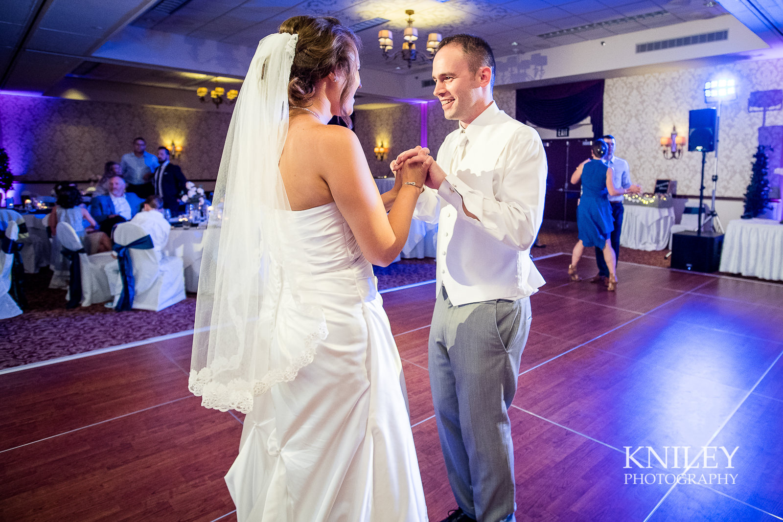 125 - Rochester Riverside Convention Center Wedding Photo - Rocheser NY - XT2A1453.jpg