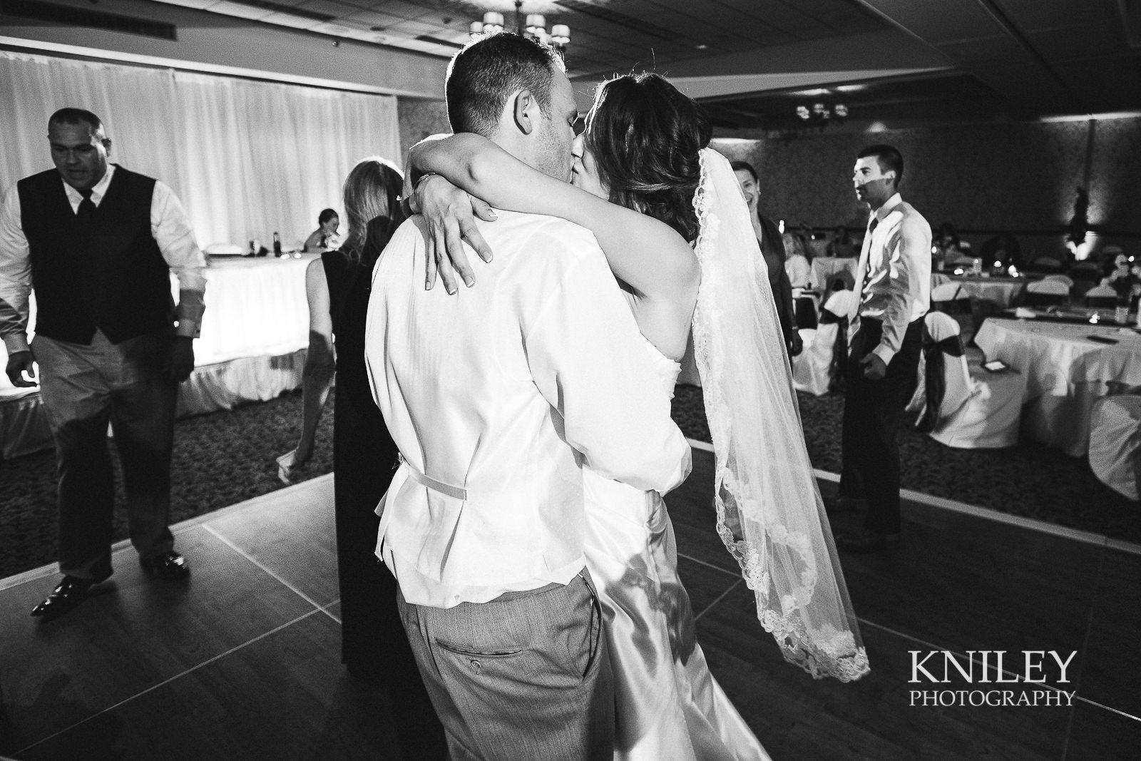 132 - Rochester Riverside Convention Center Wedding Photo - Rocheser NY - XT2A1658.jpg