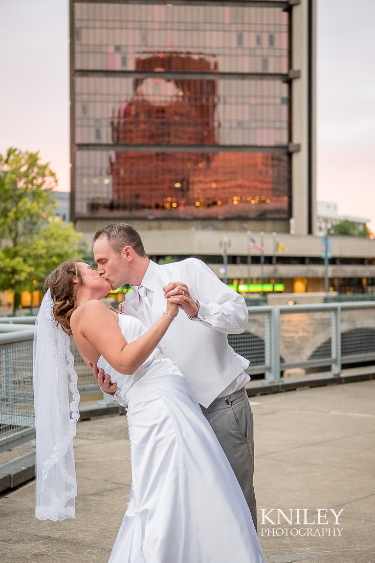 140 - Rochester Riverside Convention Center Wedding Photo - Rocheser NY - XT2B1015.jpg