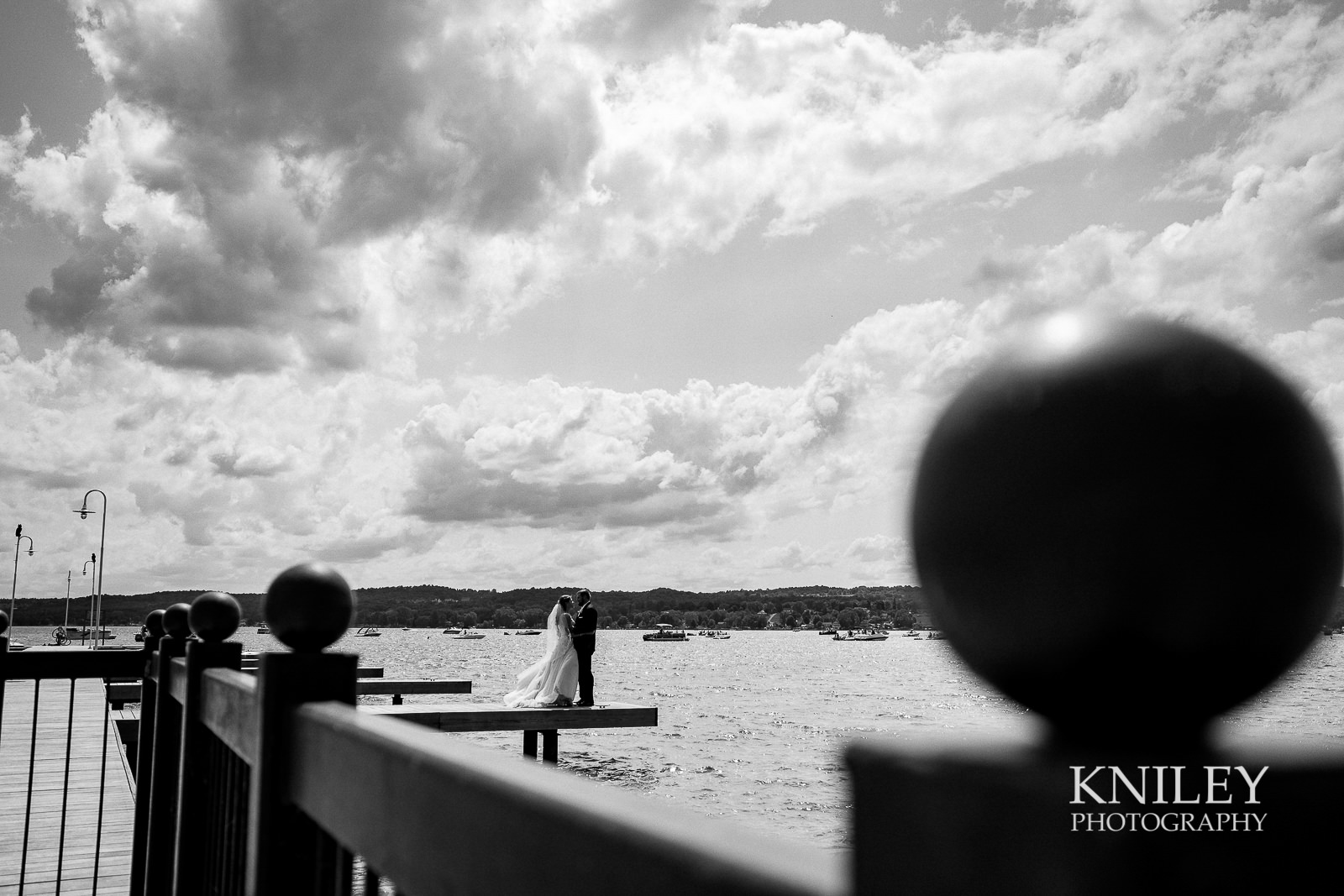 049 - Canandiagua NY wedding pictures - Kershaw Park - Canandiagua Lake - XT2A2665.jpg