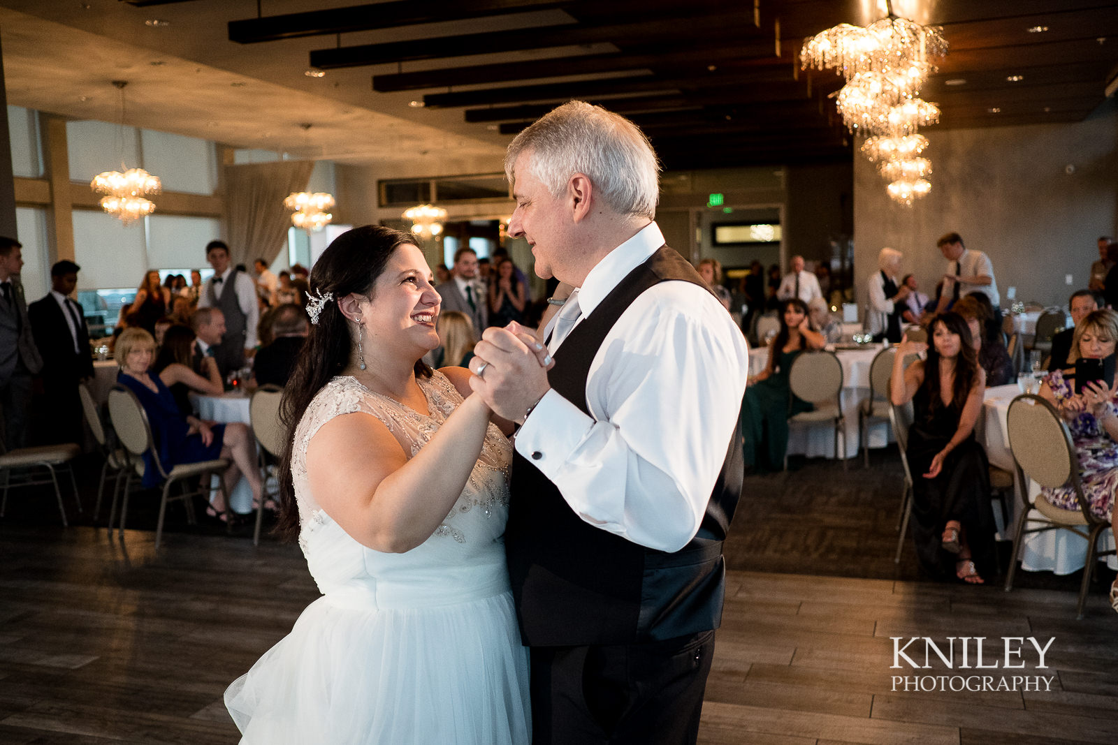 120 - Rochester NY wedding pictures - Strathallan Hotel wedding reception - XT2A4866.jpg