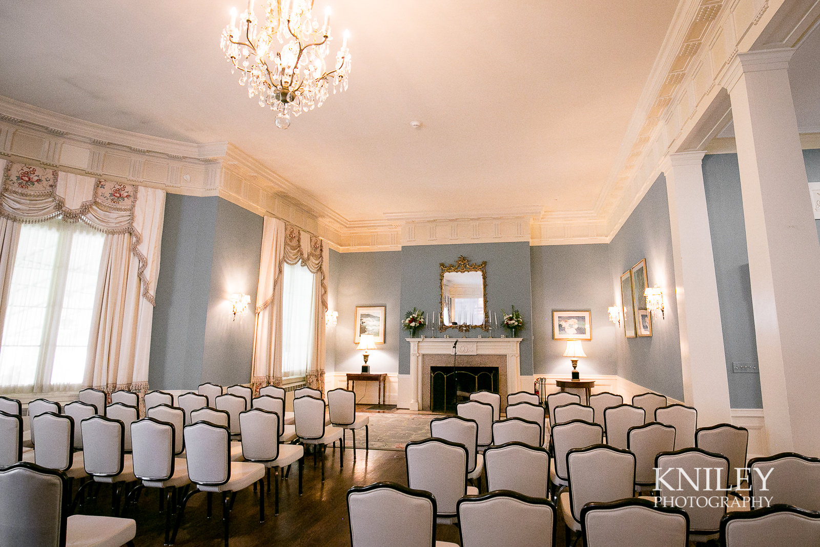 057 - Rochester NY wedding pictures - Genesee Valley Club - Ceremony and Reception - IMG_5933.jpg