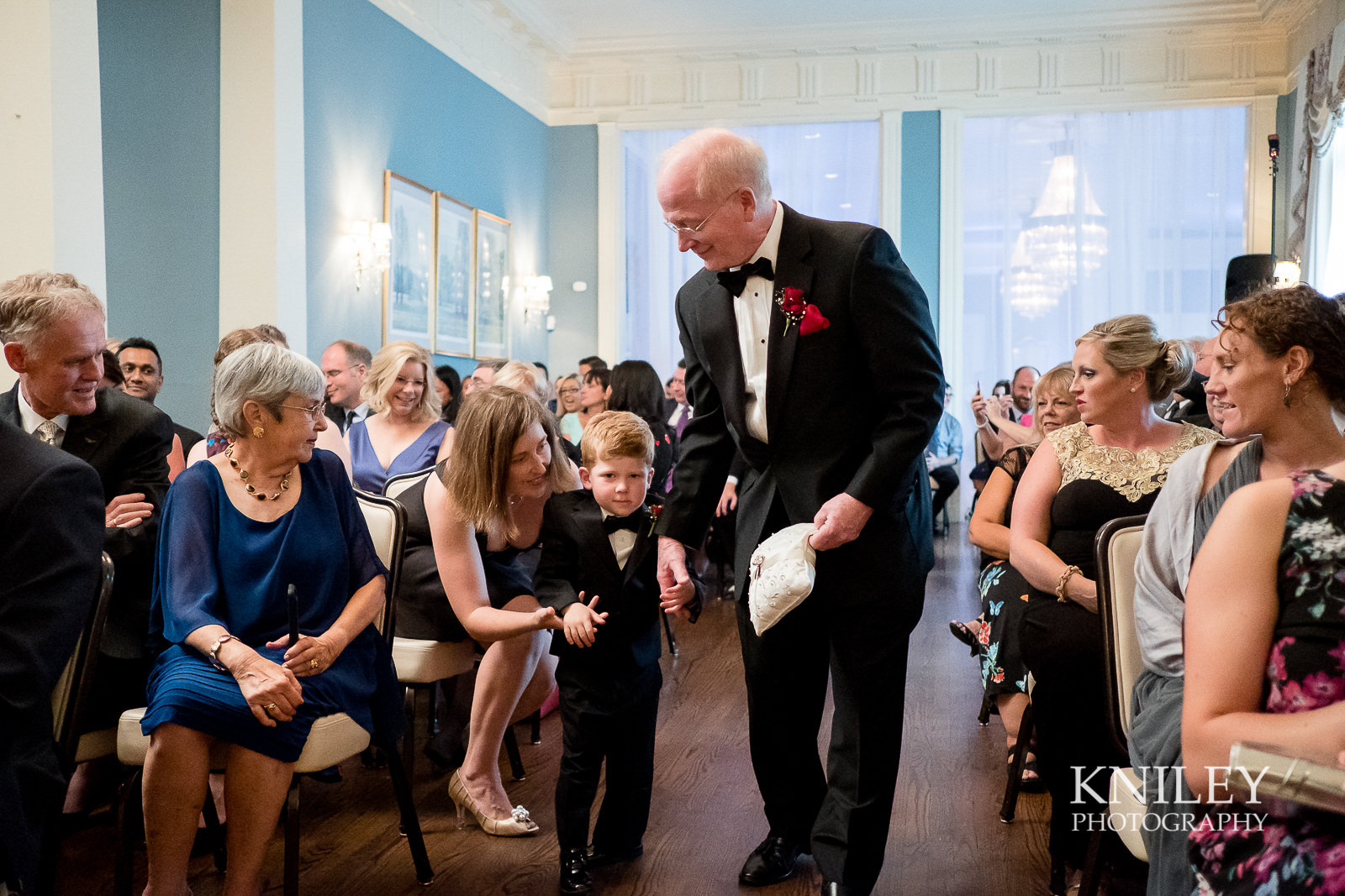 065 - Rochester NY wedding pictures - Genesee Valley Club - Ceremony and Reception - XT2A5541.jpg