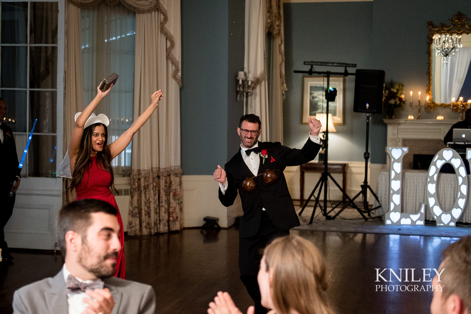 111 - Rochester NY wedding pictures - Genesee Valley Club - Ceremony and Reception - XT2A6031.jpg