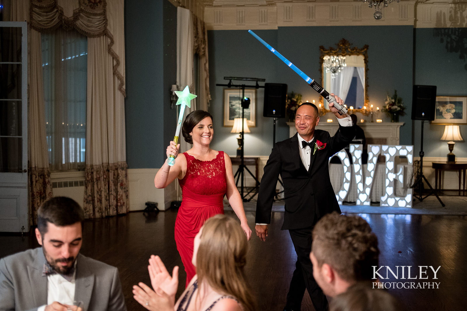 112 - Rochester NY wedding pictures - Genesee Valley Club - Ceremony and Reception - XT2A6043.jpg
