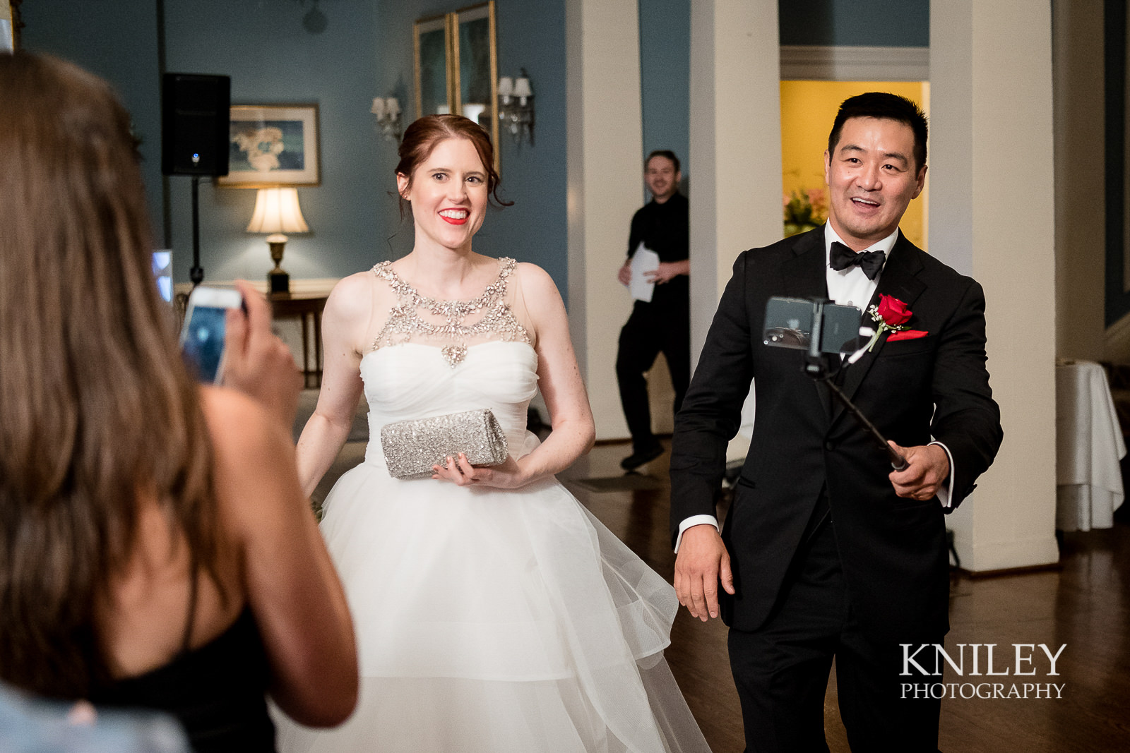 114 - Rochester NY wedding pictures - Genesee Valley Club - Ceremony and Reception - XT2A6068.jpg