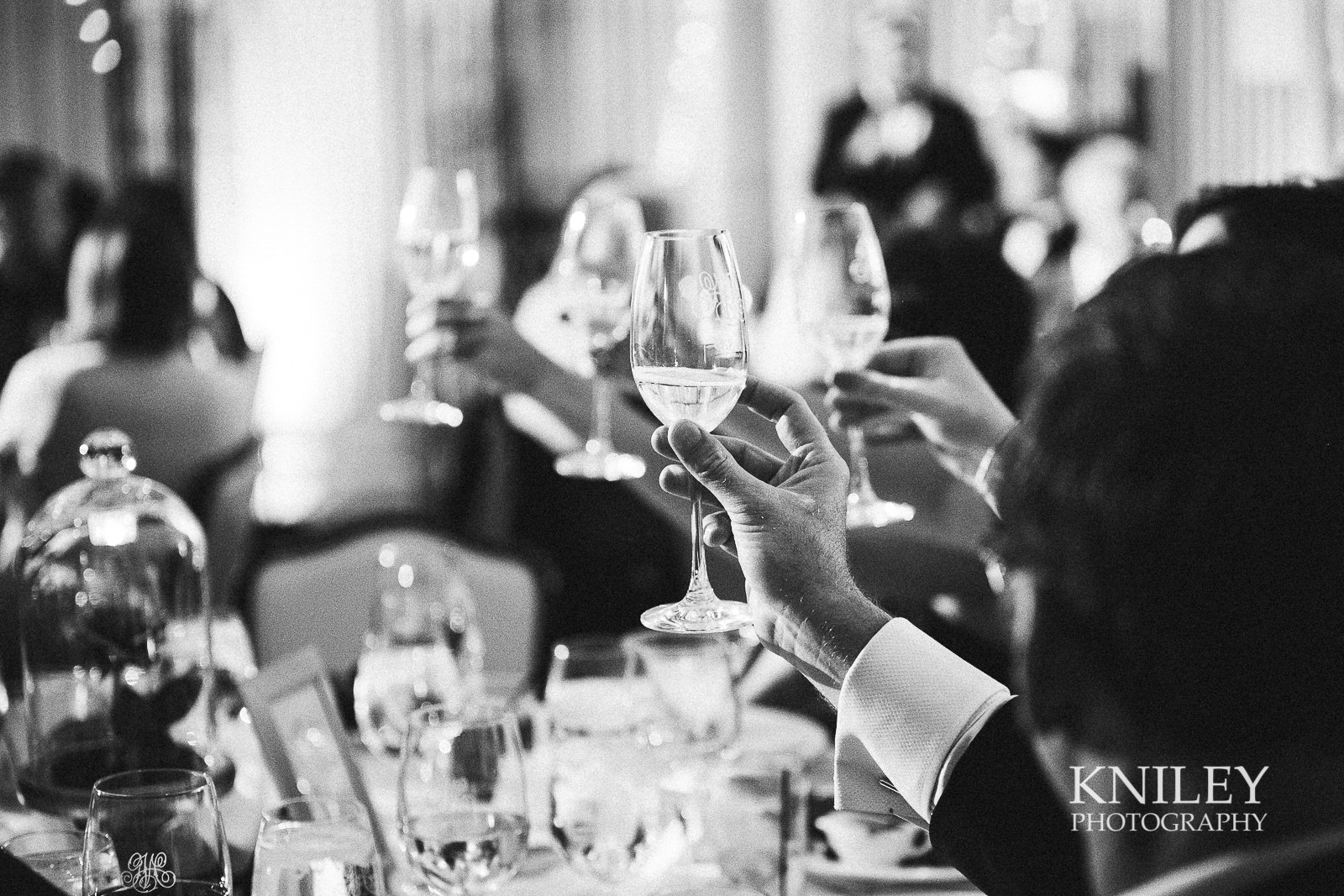 120 - Rochester NY wedding pictures - Genesee Valley Club - Ceremony and Reception - IMG_6689.jpg