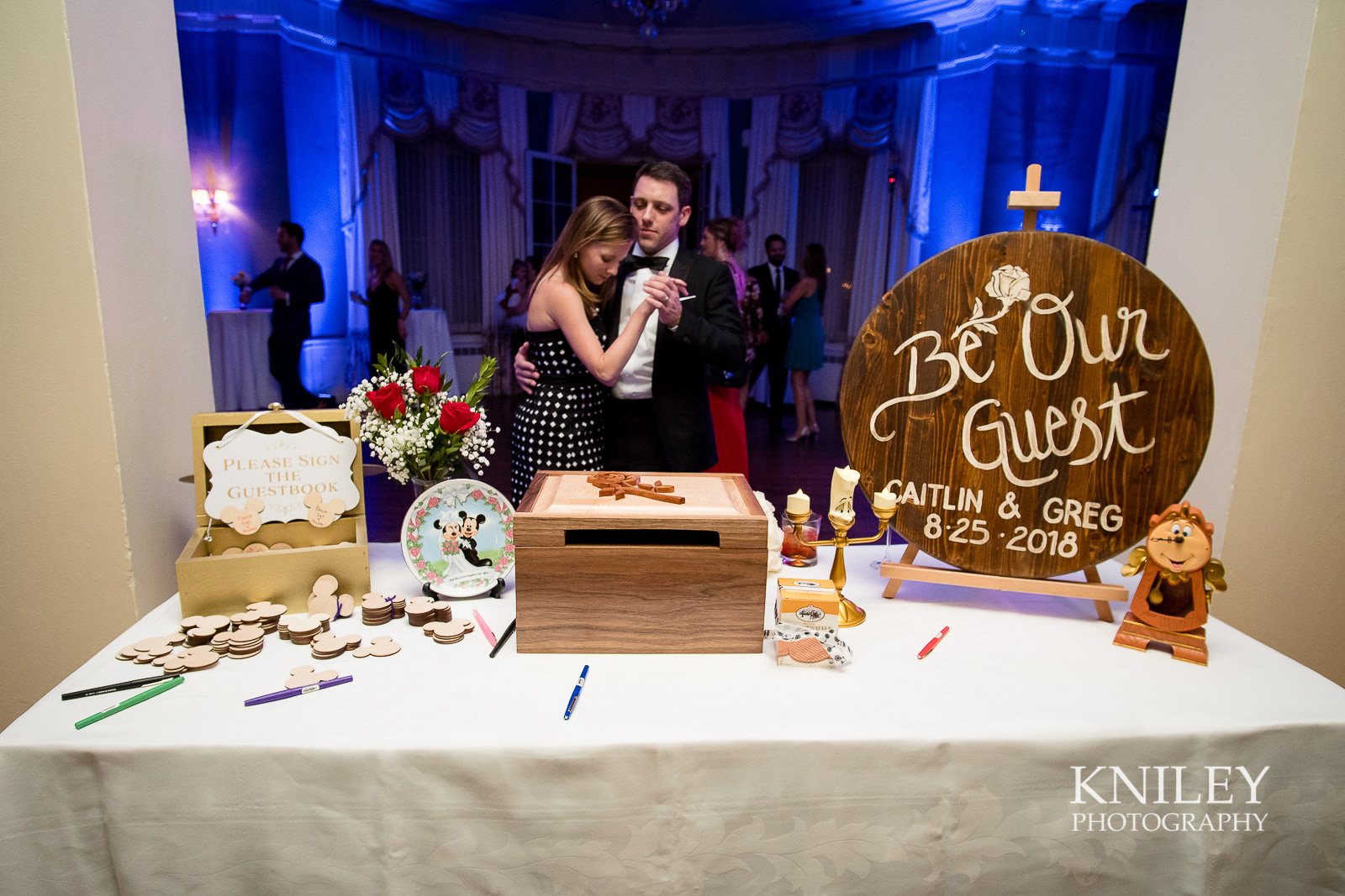 138 - Rochester NY wedding pictures - Genesee Valley Club - Ceremony and Reception - XT2B7253.jpg