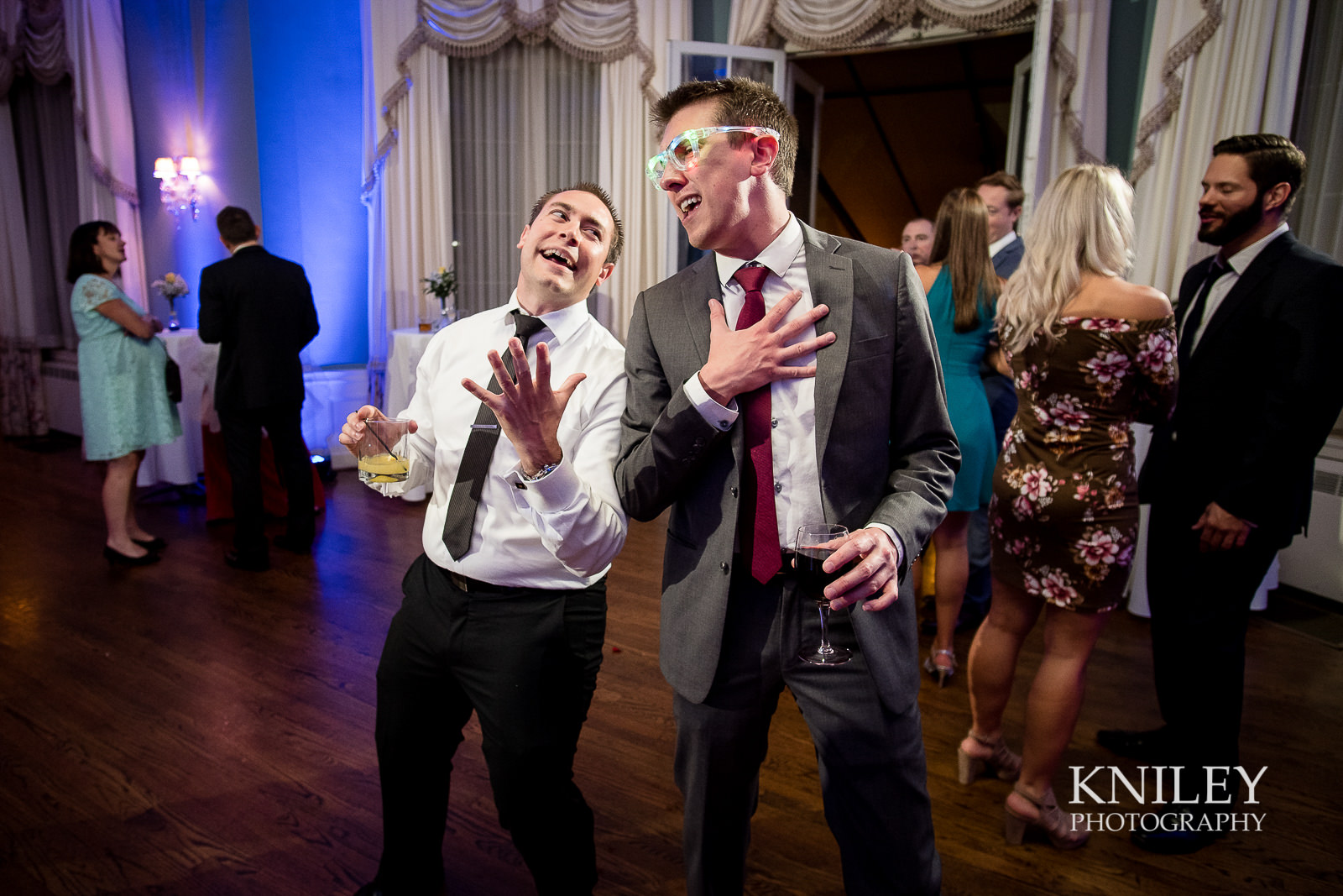 144 - Rochester NY wedding pictures - Genesee Valley Club - Ceremony and Reception - XT2B7276.jpg