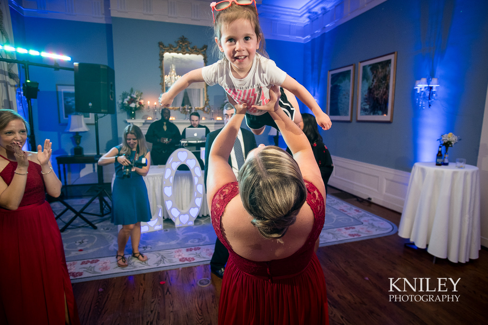 153 - Rochester NY wedding pictures - Genesee Valley Club - Ceremony and Reception - XT2B7619.jpg