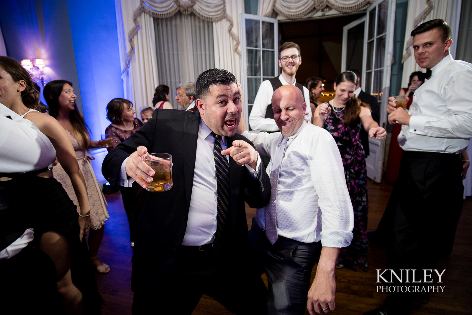 154 - Rochester NY wedding pictures - Genesee Valley Club - Ceremony and Reception - XT2B7650.jpg