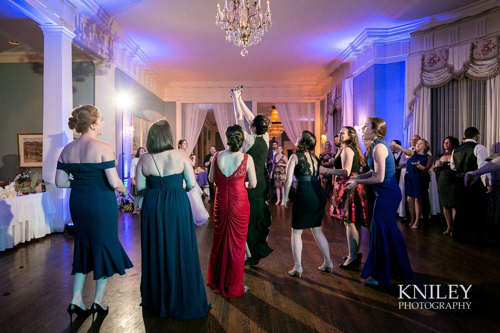 157 - Rochester NY wedding pictures - Genesee Valley Club - Ceremony and Reception - IMG_7059.jpg