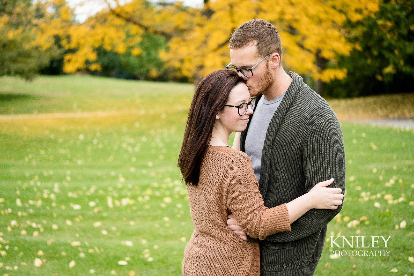 23 - Highland Park Fall Engagement Session - Rochester NY - XT2B2998.jpg